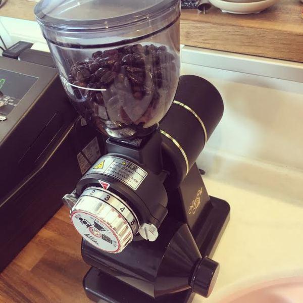 コーヒーミルのサムネイル